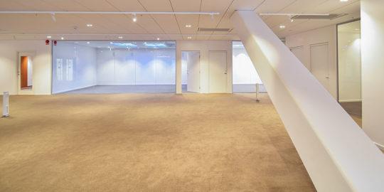 Golvlägning textilplattor i WWaterfront Buildings