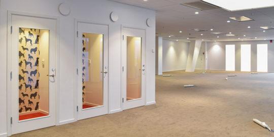 Golv på kontorshotell i Waterfront Buildings i Stockholm